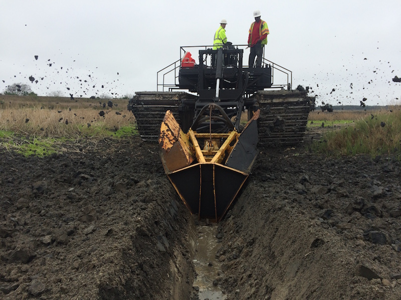 Earthwork Construction Management : Earthwork dredged material management csc